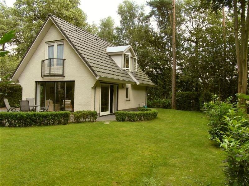 Particuliere vakantiewoningen en vakantiehuizen for Klein huisje in bos te koop